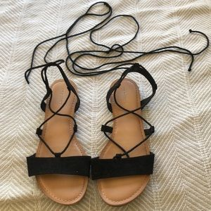 Old Navy lace up sandals size 7